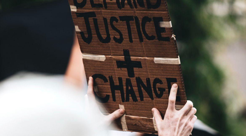 Bundesverfassungsgericht mit dem Präsidenten des ersten Senats Dr.Stephan Harbarth verbietet Protestcamp von Querdenken in Berlin